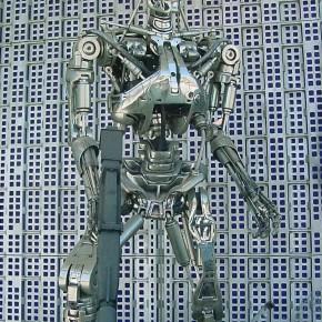 pracownik cyborg pracuje jak robot jaki zawod przyszlosci wybrac